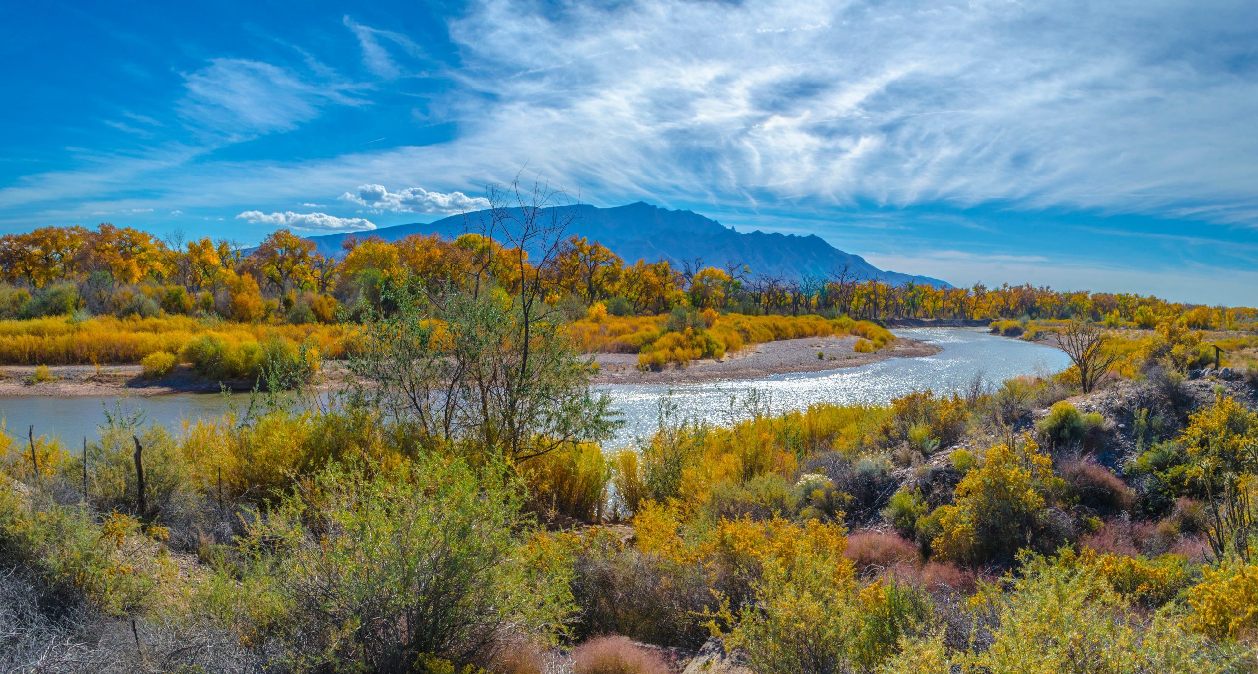 The Río Grande meanders through central New Mexico on this autumn day November 2016.